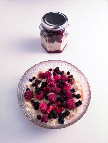 Overnight Oats mit Beeren | Foodblog | Lieblingsspeise.at