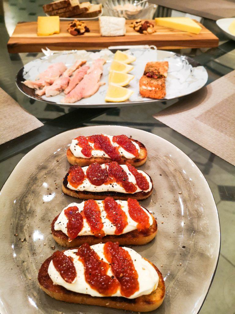 Crostini mit geräuchertem Kaviar | Foodblog | Lieblingsspeise.at