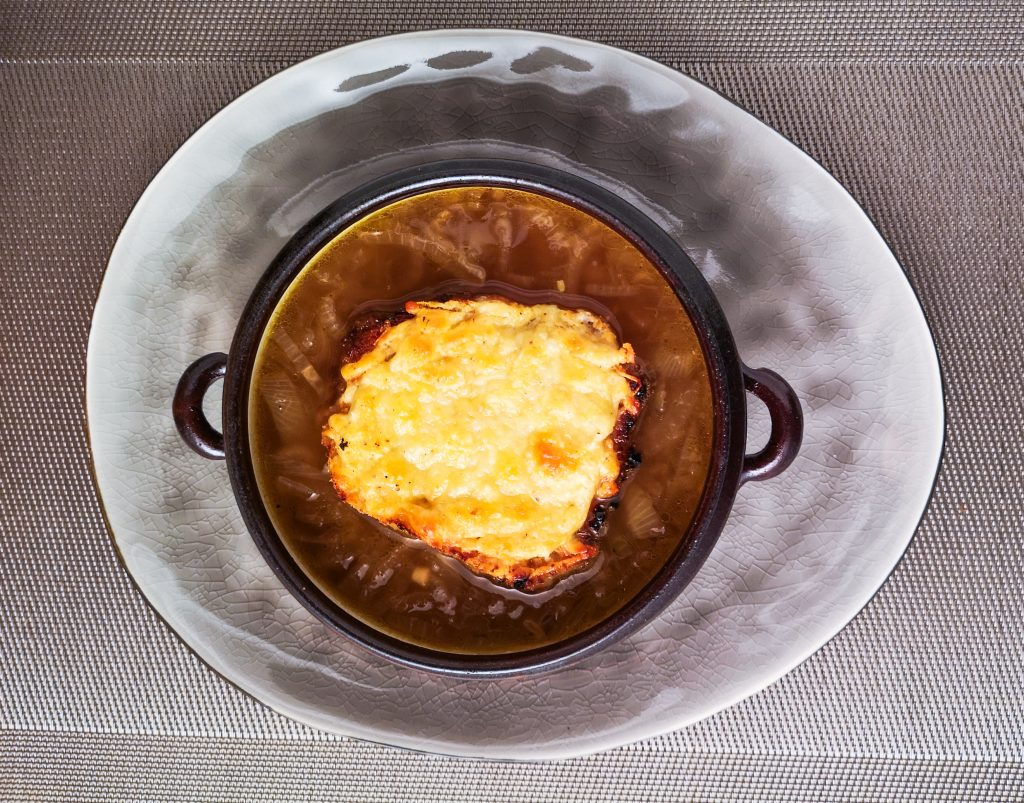 Französische Zwiebelsuppe | Käsebrot | Foodblog | Lieblingsspeise.at